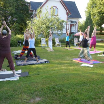 Dags för yoga utomhus – 3 datum i juni